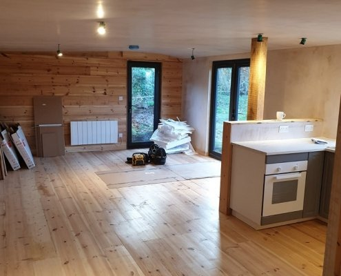 Chalet Style Cabin in Lewes built by Apple Tree Cabins