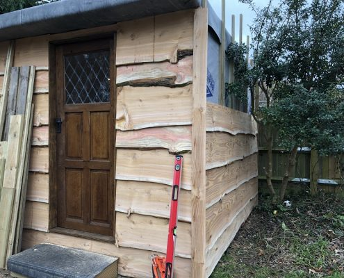 Custom built work shop in Lewes by Apple Tree Cabins