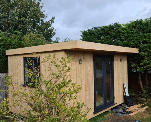 Custom built garden office and guest room - Lewes